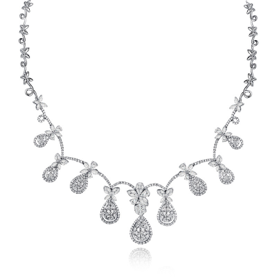 NECKLACE WITH DIAMOND