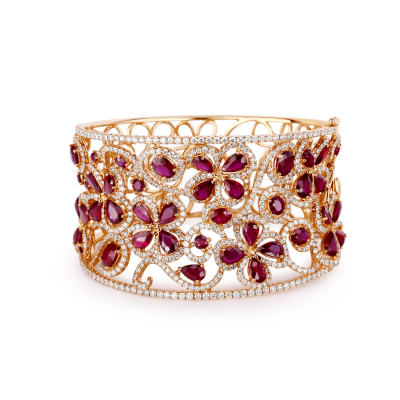 BANGLE WITH RUBY AND DIAMOND